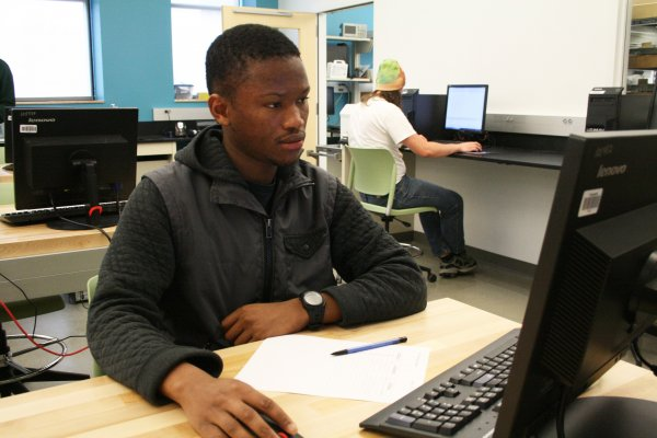 Student uses computer in lab