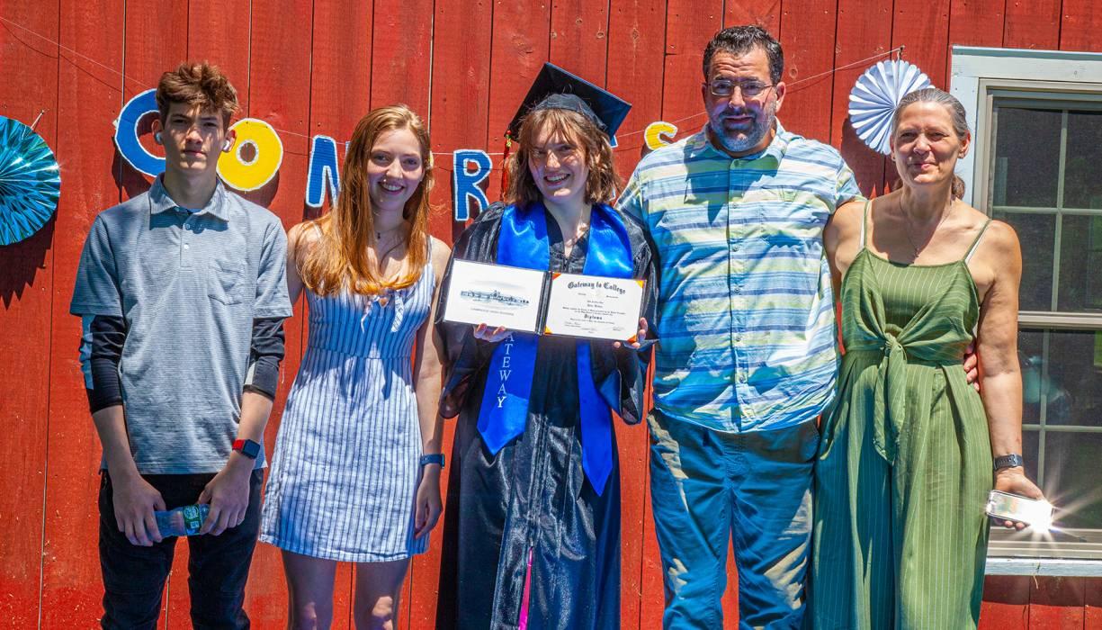 Gateway graduate Julia Bohan and her family.