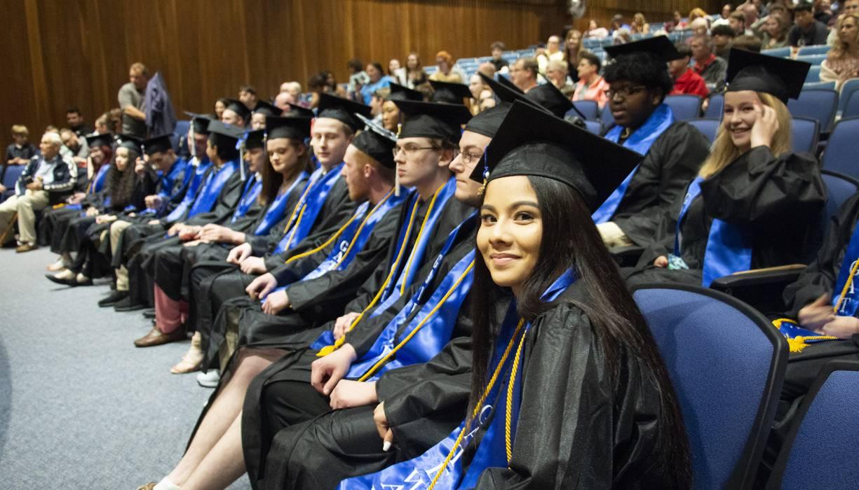 Gateway to College 2019 graduates