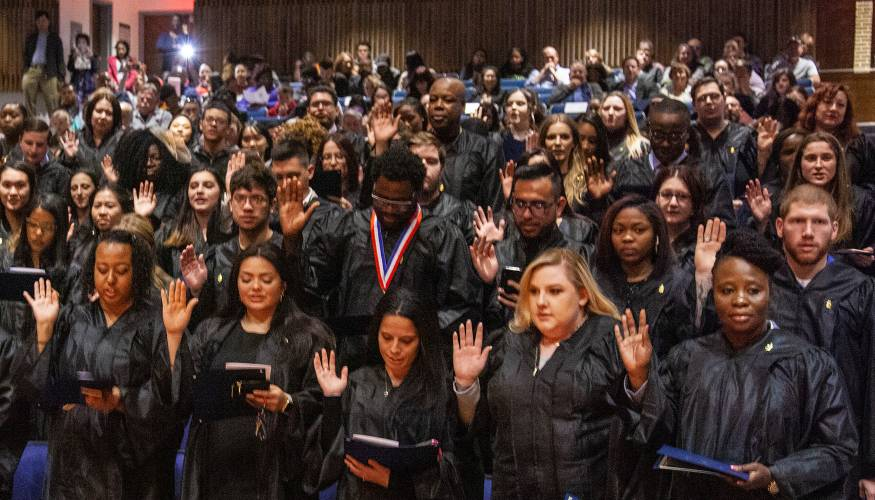 New PTK students get sworn into the Alpa Theta Zeta Chapter of the PTK Honor Society.