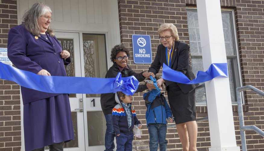 ribbon cutting for Center for Academic Excellence