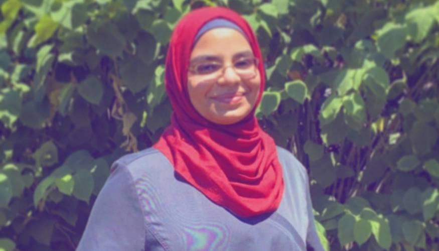 Recent graduate and Phi Theta Kappa (PTK) Alpha Theta Zeta member Afraa Alnidawi