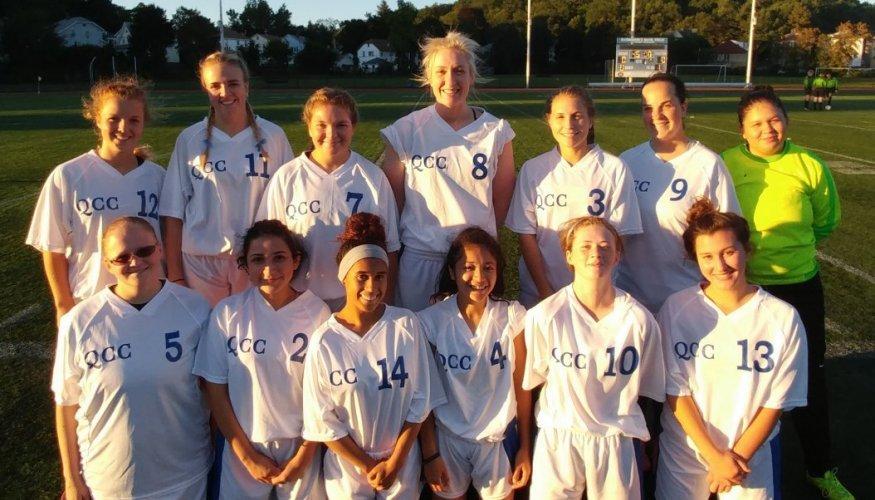 2017 QCC Women's Soccer team.