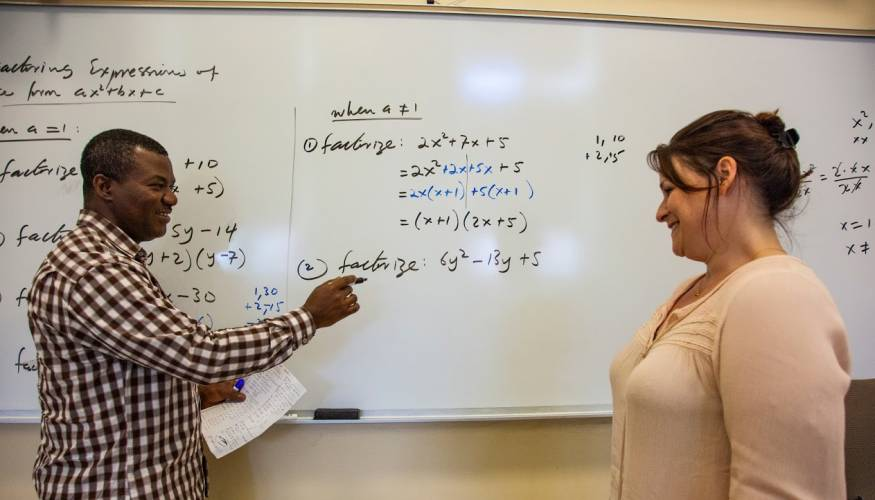 Professor Sheiba Mas-Oud explains math concepts